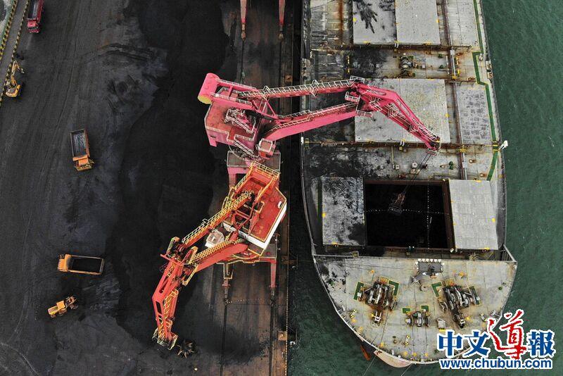 中国抵制澳大利亚煤炭 是在自毁长城吗?