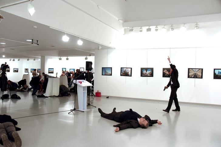 俄罗斯驻土耳其大使被枪杀